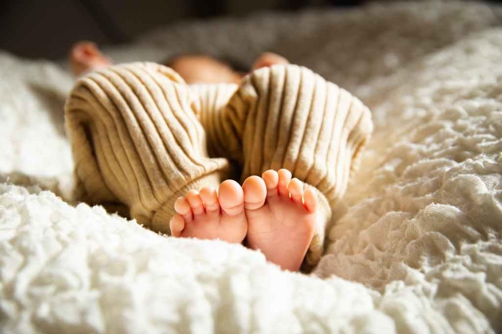 3-6-9-kuuse beebi uni unenõustaja